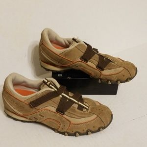 Skechers strap on shoes women's size 8